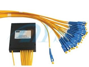 Fibra de fibra ótica do divisor G657A1 do PLC 1*32 com o conector IS09001-2015 do SC/UPC